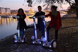 Airwheel_self-balancing-scooter_segway_rental_Budapest